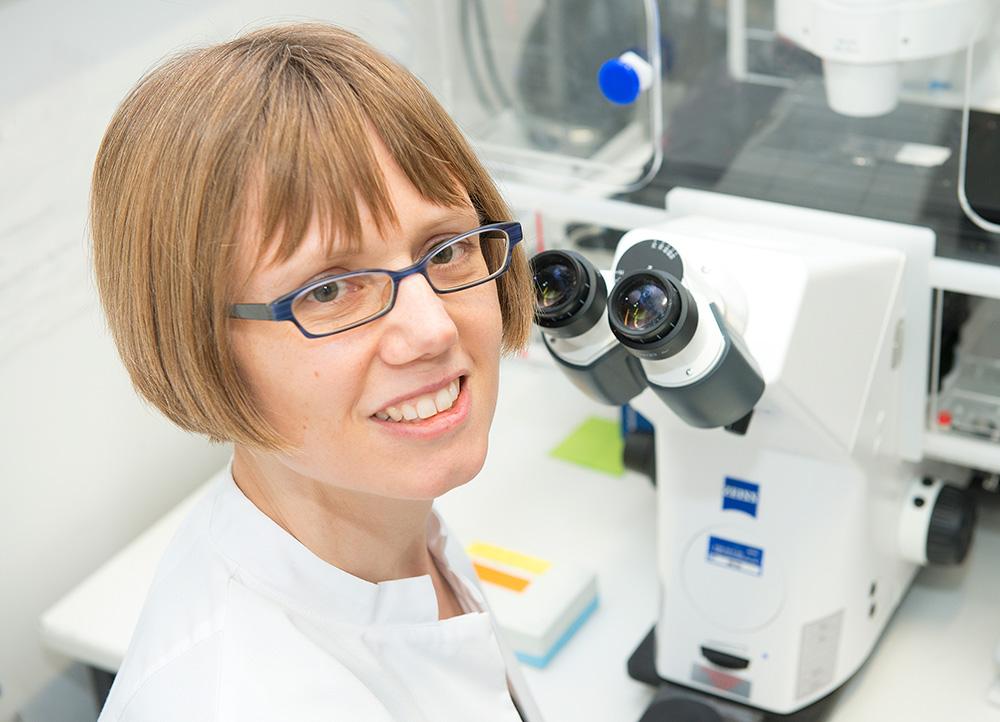 Neurobiologin der Uni Bonn erhält begehrte Förderung + + + mehr: