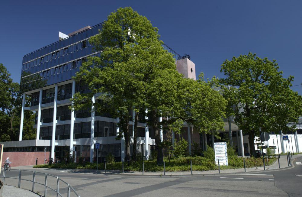 Universitätsklinikum Bonn schafft den Turn-around und schließt mit positivem Jahresergebnis ab