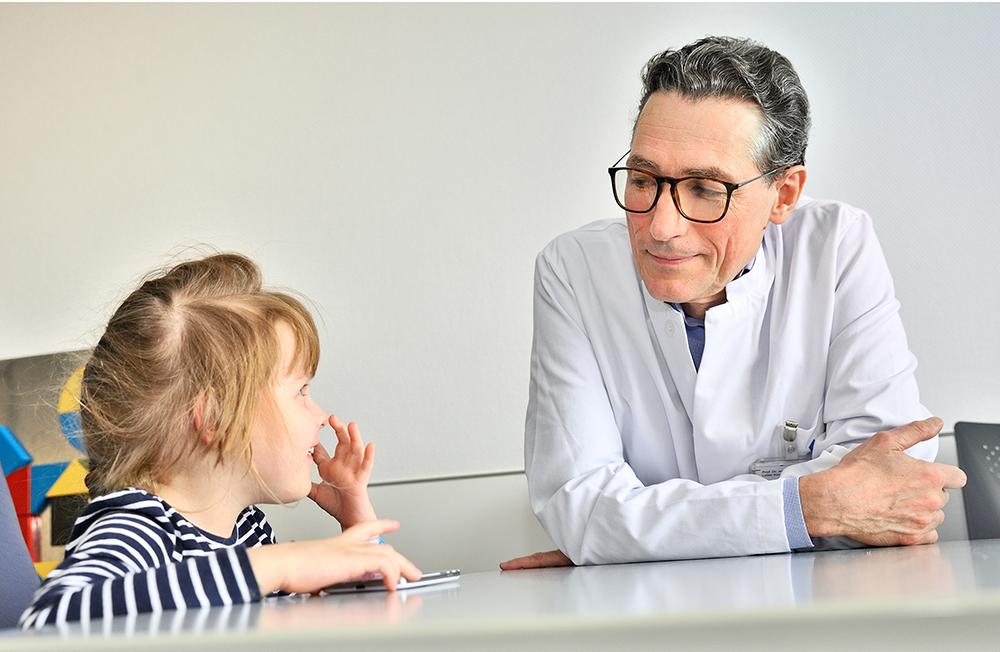 Gründung einer Spezialsprechstunde für Kinder mit einer spastischen Lähmung am Uni-Klinikum Bonn