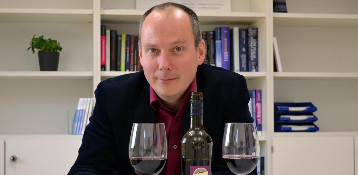 Warum teurer Wein scheinbar besser schmeckt