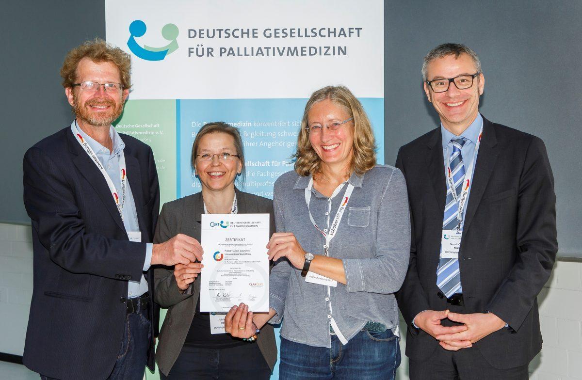 Qualität gesichert: Palliativstation des Uniklinikums Bonn erhält Zertifizierung der Deutschen Gesellschaft für Palliativmedizin