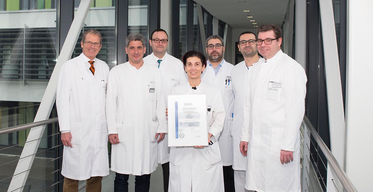 Für den Rücken der Patienten: Universitätsklinikum Bonn zum Level 1 Wirbelsäulenzentrum zertifiziert