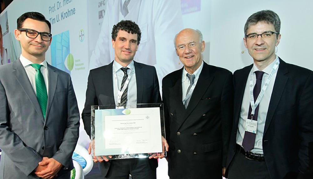 Hohe Auszeichnung für Professor Tim Krohne