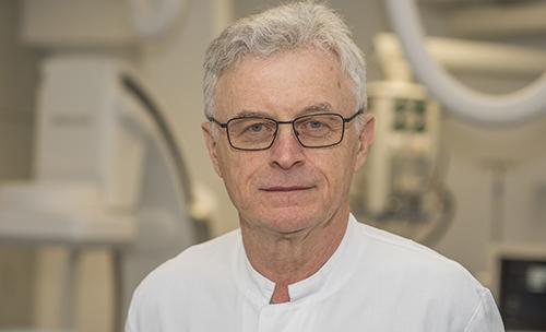 Pionier László Solymosi vertritt die Neuroradiologie als jetzt eigenständigen Bereich am UKB