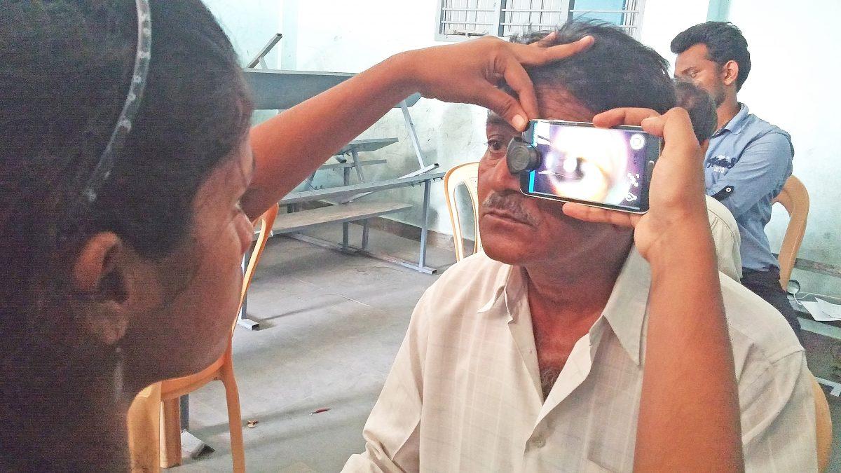 Smartphones im Kampf gegen die Blindheit