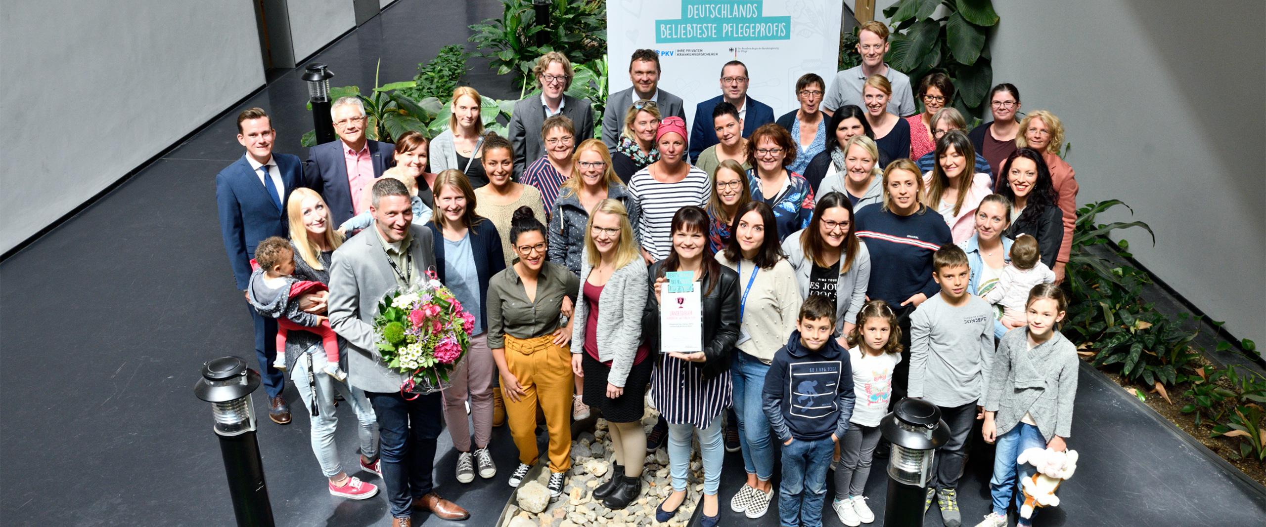Pflegeteam der Neonatologie am Universitätsklinikum Bonn Landessieger NRW im Wettbewerb Deutschlands beliebteste Pflegeprofis